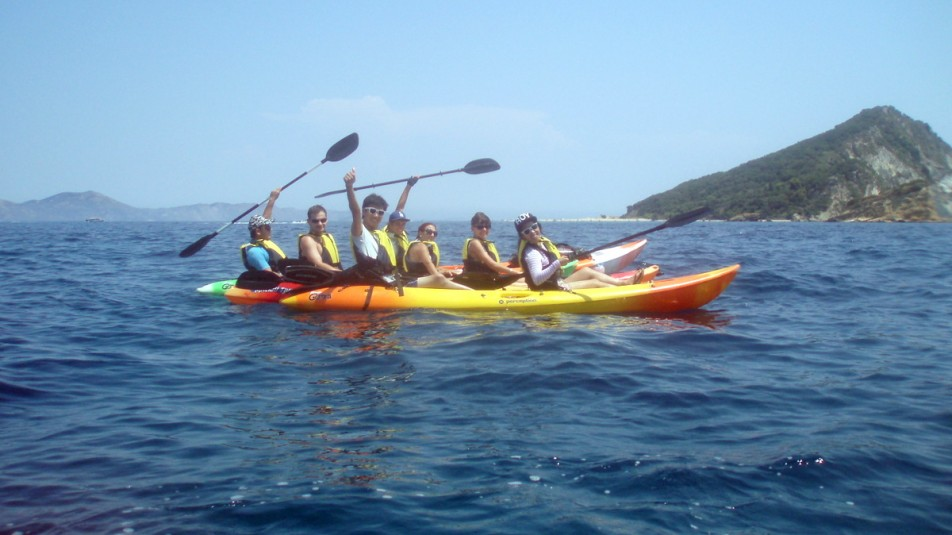 Explore Zakynthos with Kayak